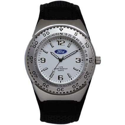 Armbanduhr mit Metallgehäuse und Zinklegierung